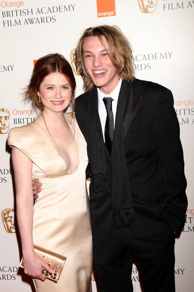 Premios BAFTA 2010  - Página 3 Jamie-3