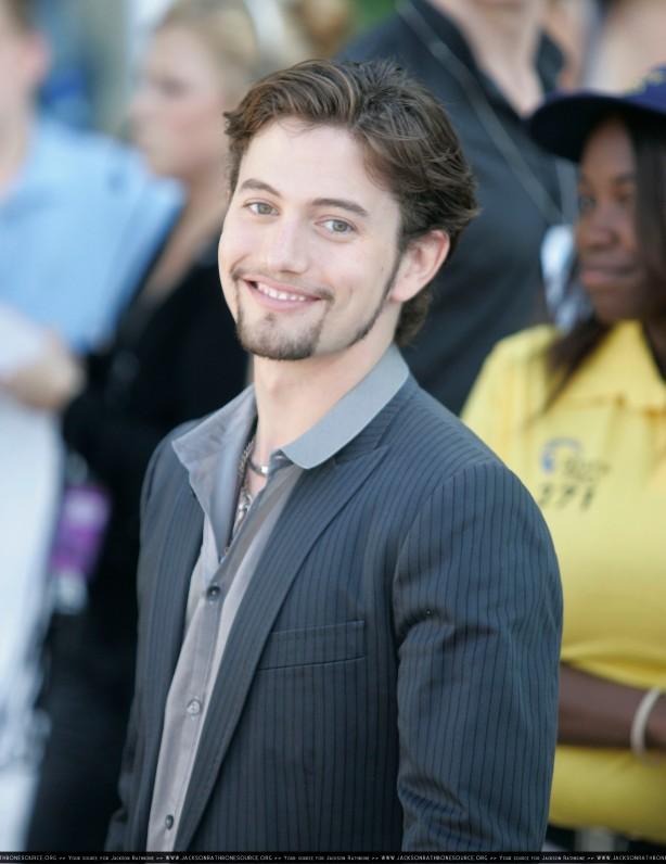Teen Choice Awards 2010 - Página 3 Arrival_003