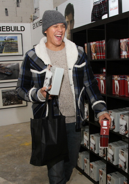Chaske Spencer Shops At The 2(X)IST Pop Up Shop Benefiting Hurricane Sandy Victims