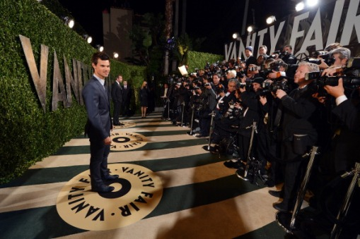 2013 Vanity Fair Oscar Party Hosted By Graydon Carter - Arrivals Roaming